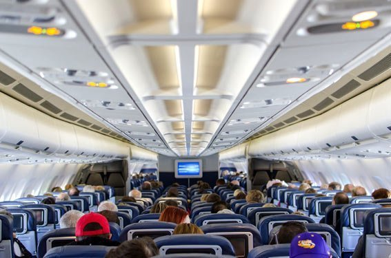 Siéntate en la parte de atrás dormir vuelos de larga distancia